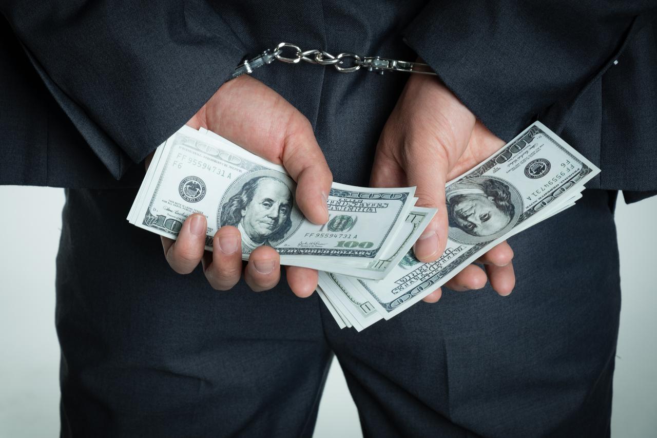 股权转让诈骗如何立案