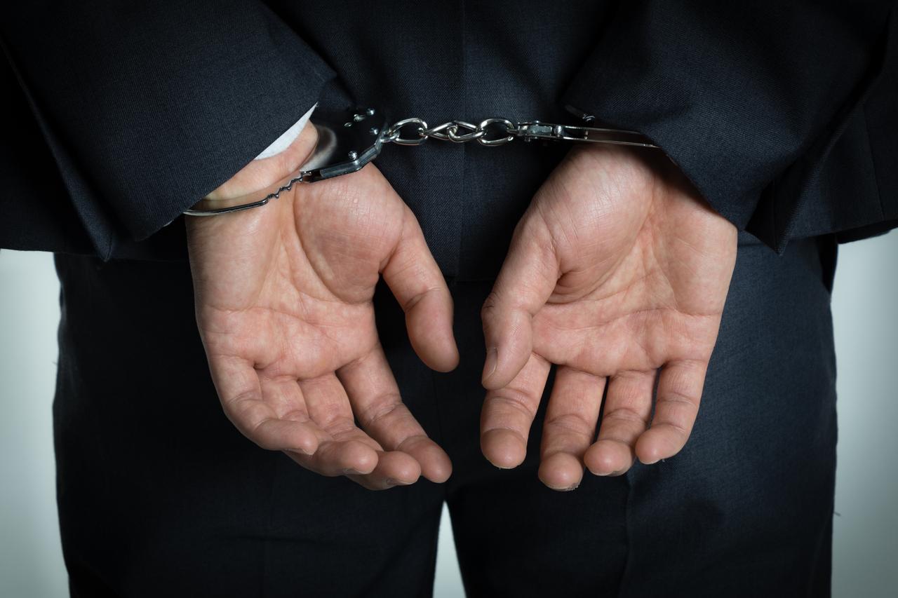 被判有期徒刑会造成什么其他的影响