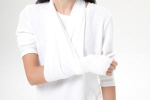 车祸颧骨骨折够伤残吗