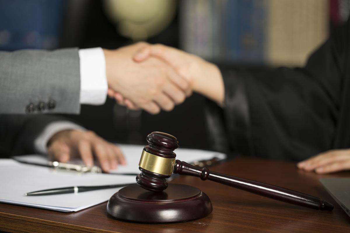 物业合同纠纷开庭需要问什么问题
