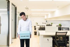 工作岗位变动劳动合同终止吗